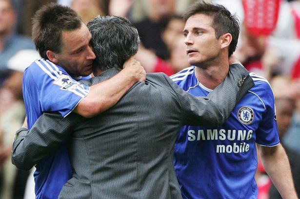 Mourinho with Lampard and Terry hugging