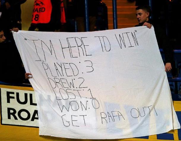 Fans hate on Benitez.