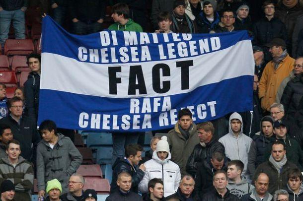Fans on Rafa.