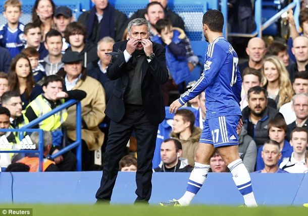 Jose talks to Hazard