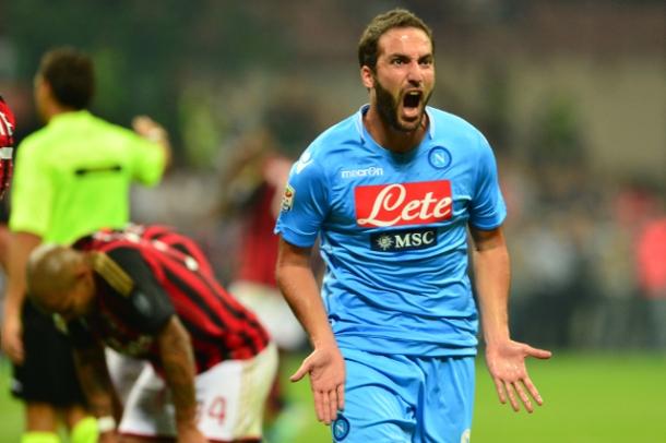 Higuain-Goal-AC-Milan